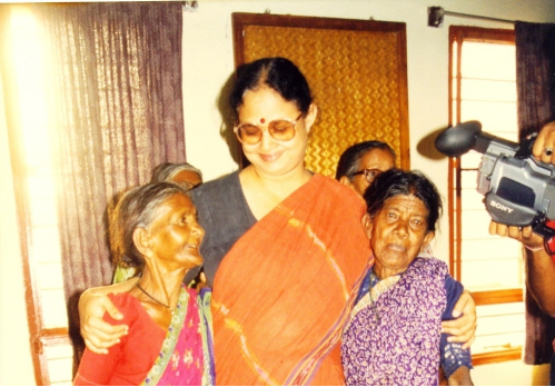 Art Of Healing Among India's Poorest: A Remarkable Woman Doctor's Story