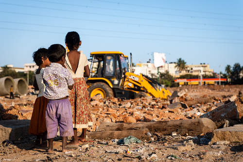 The Forced Eviction Of EWS Residents Of Ejipura In Bangalore Has Brought Out Help In Large Numbers