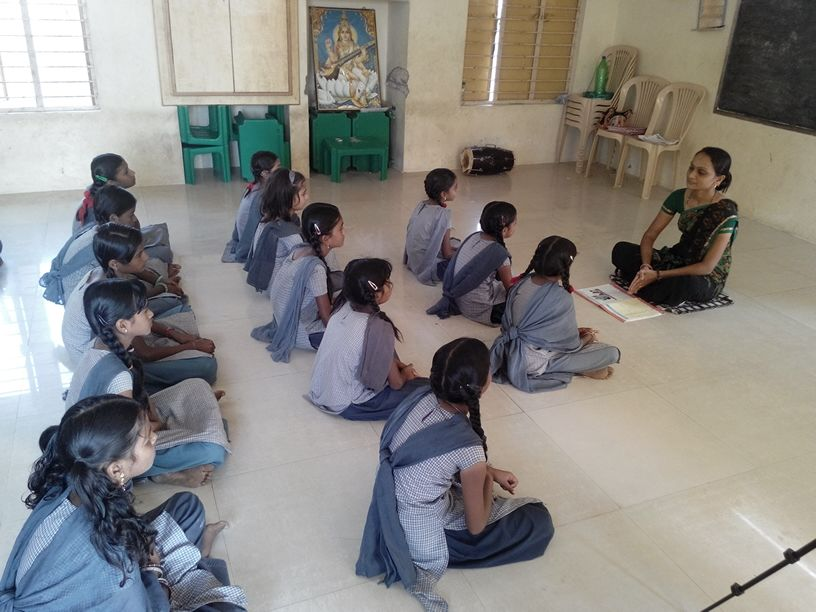 This Government School Teacher Is Using Music, Multimedia And Internet To Make Her Students Learn