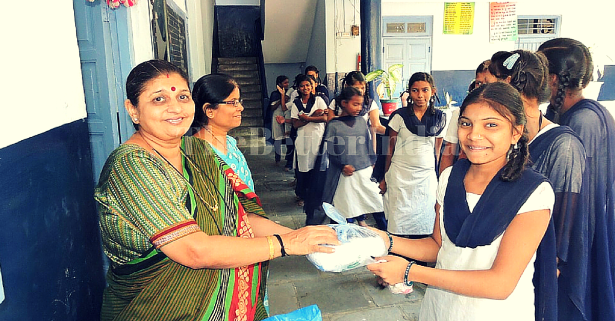 This Couple Is Taking Care of All Hygiene Needs of 2000 Girls in 22 Municipal Schools of Surat!