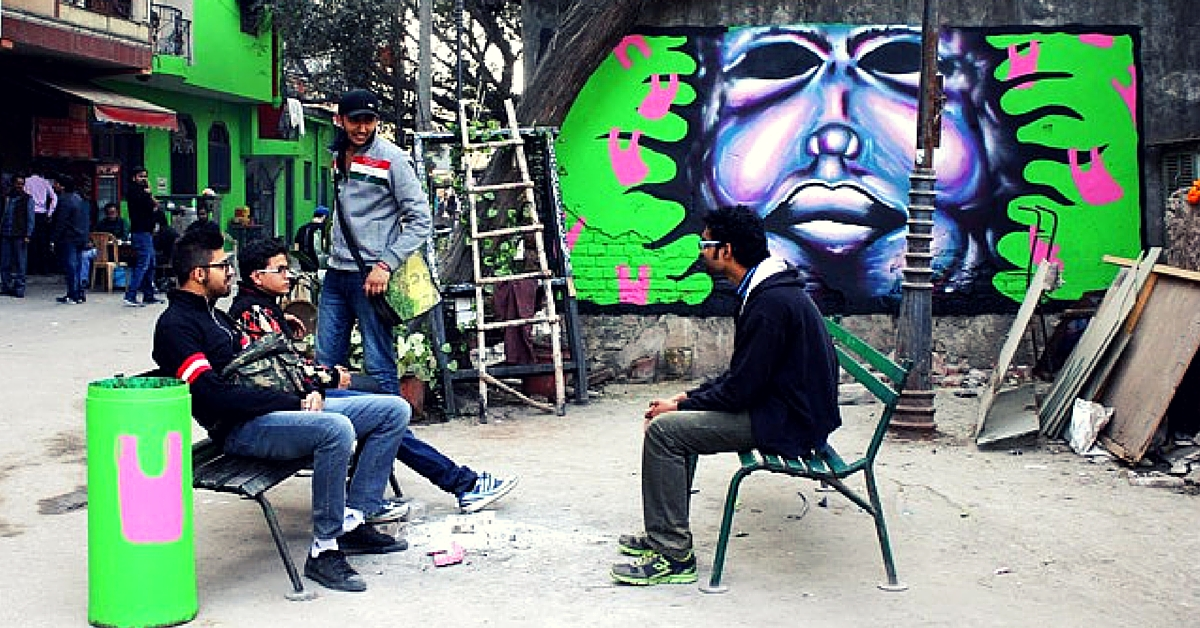 Two Dutch Students Spread Awareness about Plastic Waste in Delhi Using a Mural