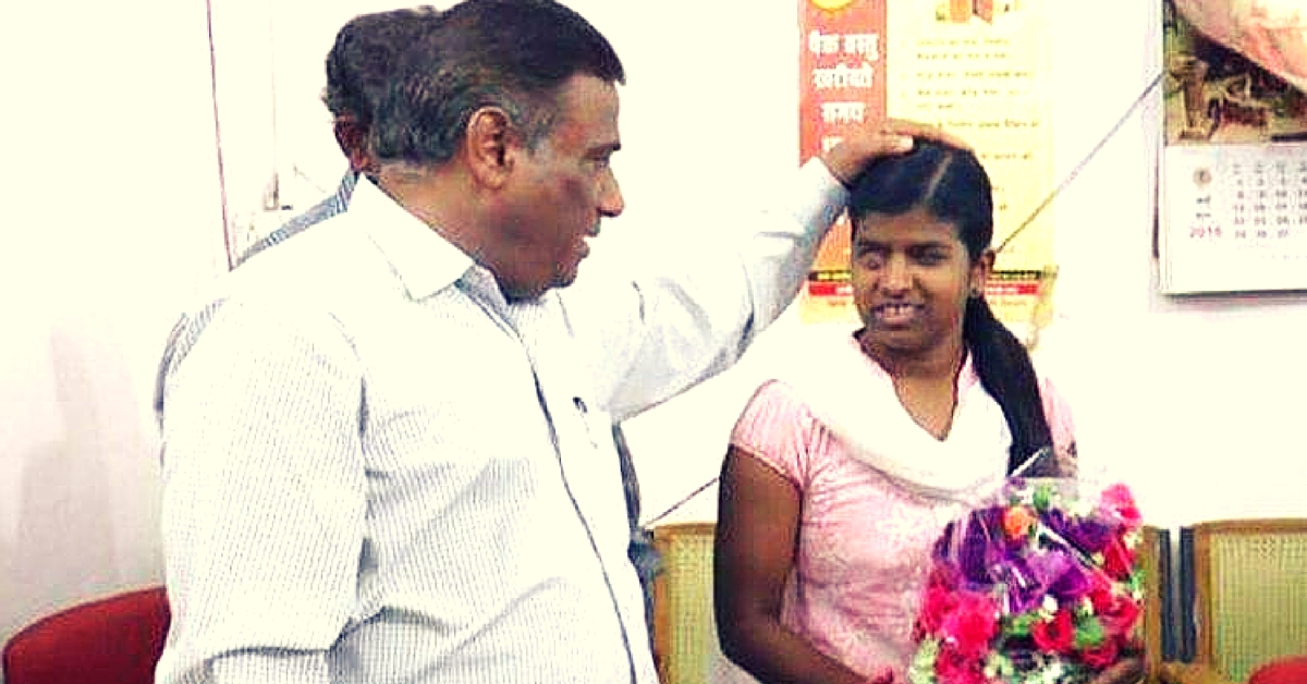 Visually Impaired Girl Gets Bank Job, Returns Rs. 10,000 to Collector Who Gave Her Money to Study