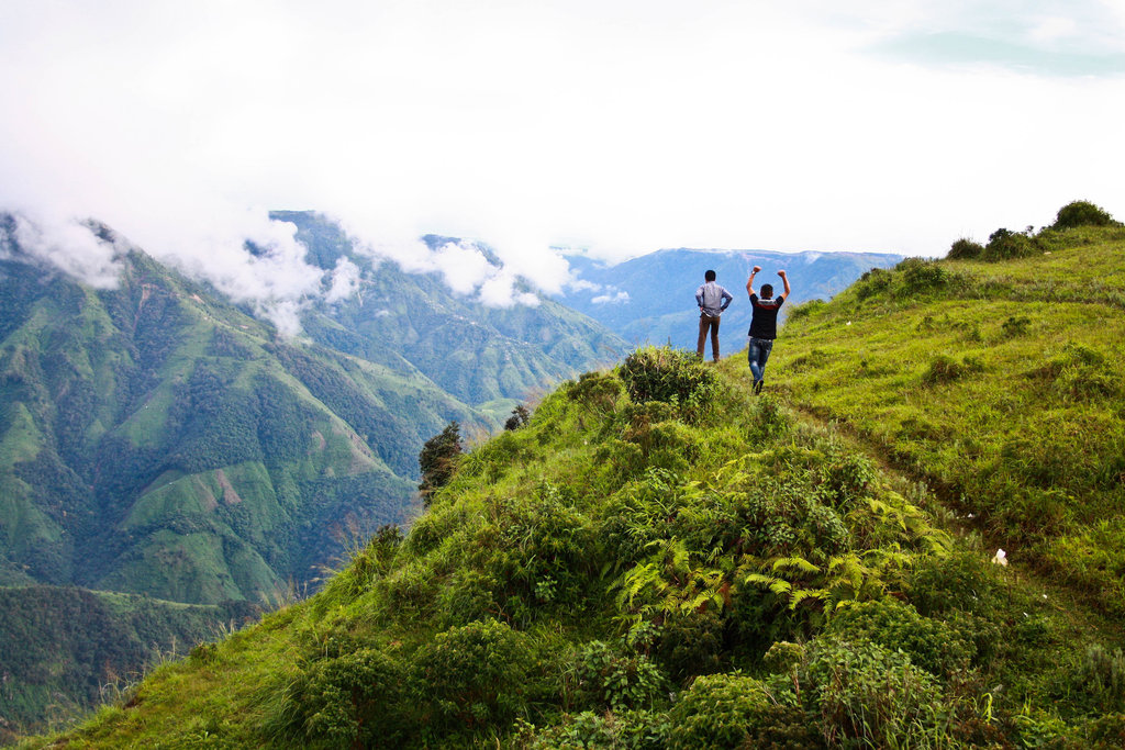Laitlum Canyons: Take a Trip into the Heart of Meghalaya's Natural Wonder