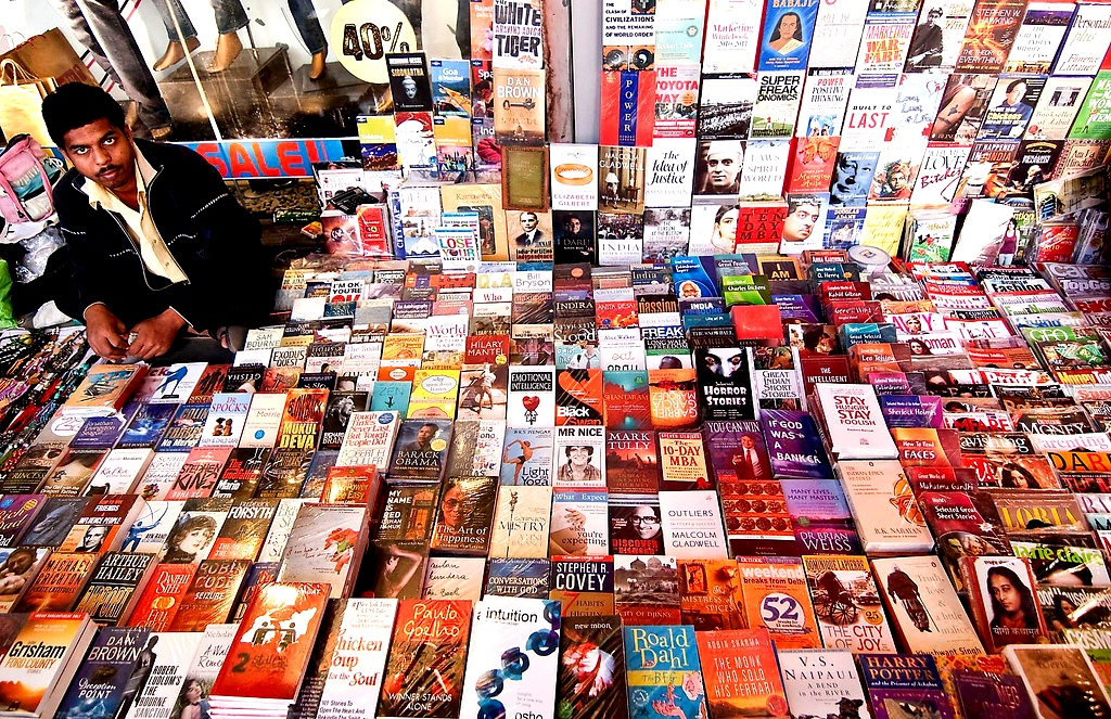 7 Street Side Book Markets in India That Must Be on the Bucket List of Every Book Lover