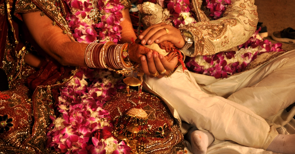 Mass Wedding in Gujarat Town Goes Cashless With Card-Swiping Machines, Cheques & More