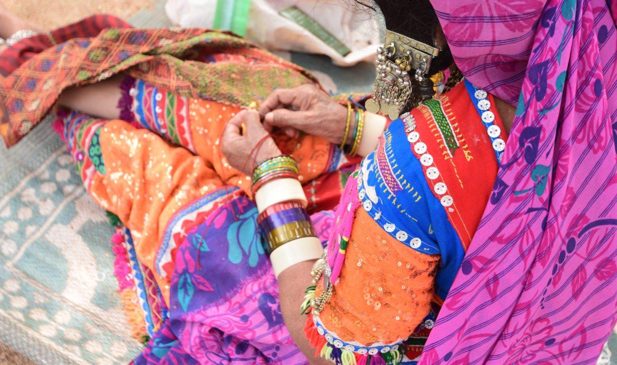 TBI Blogs: An Art Centre in Karnataka's Sandur Is Providing Livelihoods While Fostering the Dying Lambani Art