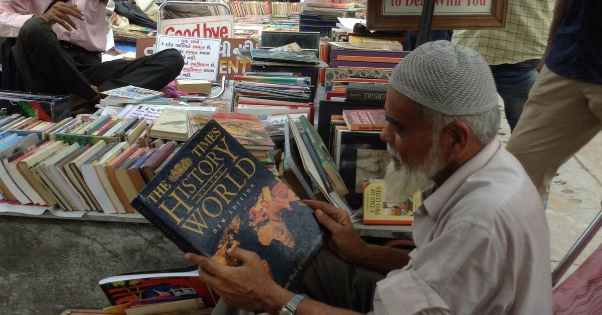 TBI Blogs: This Bibliophile-Turned-Bookseller in Ahmedabad's Sunday Market Has a Unique Tale to Tell