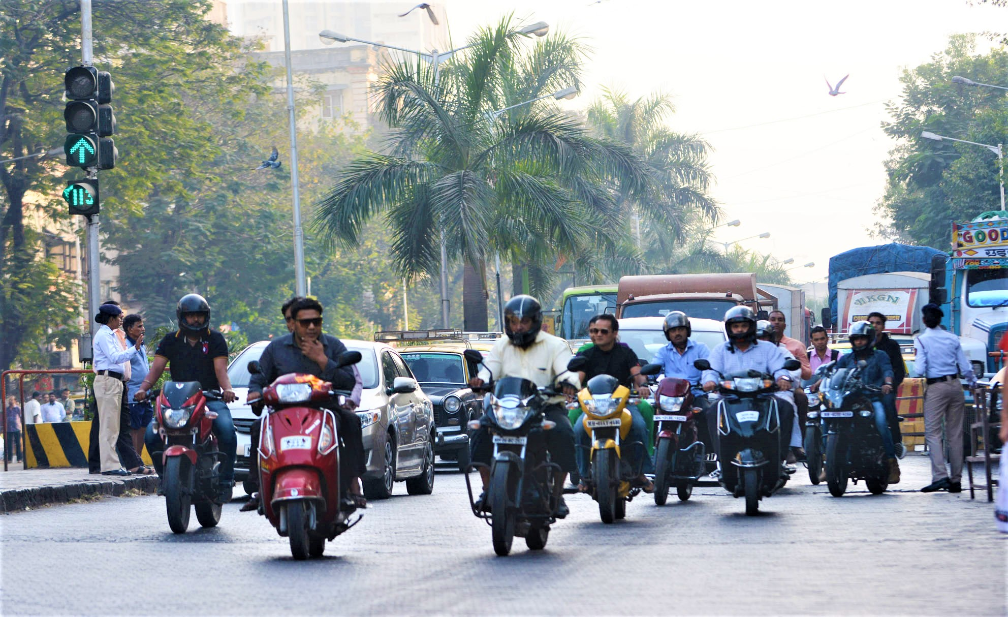 Wondering About BS Norms & the Huge Discounts on 2-Wheelers? Here's What You Need to Know