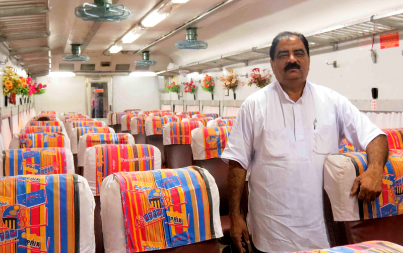 This Rail Coach, Maintained by Passengers for 10 Years, Is Showing Indian Railways How It's Done
