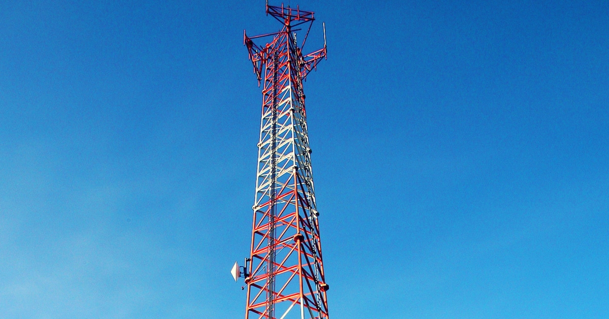 Worried About Radiation From Mobile Towers? Track It Using This Portal!