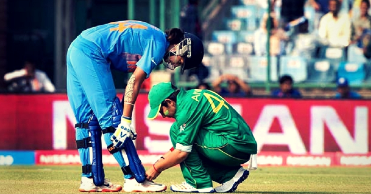 Sportsmanship, Respect and Love: The Other Side of an India-Pakistan Sporting Rivalry in Pictures
