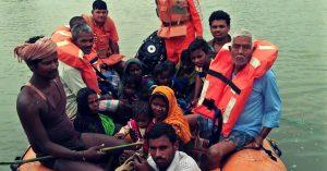 bihar-floods-pregnant-women-NDRF