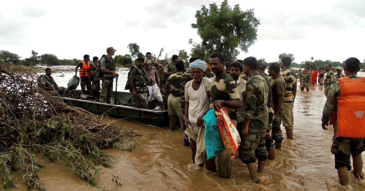 9 Heroic Acts During the Gujarat Floods That Restored Our Faith in Humanity!