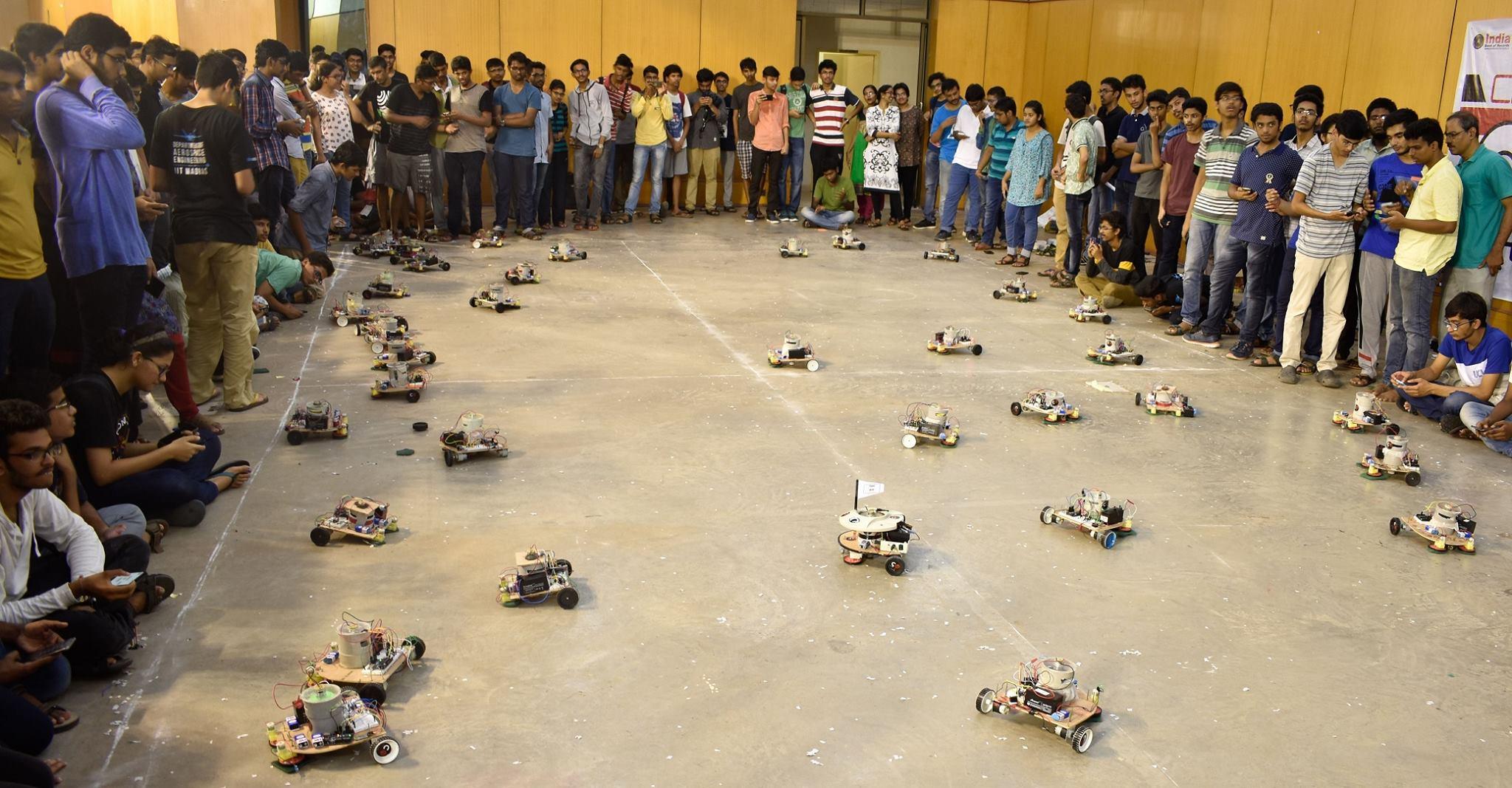 IIT Madras students - robots - Swachh Bharat Abhiyaan (1)