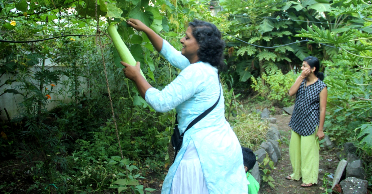 Here's How This Pune Woman Grew Her Own Food Organically and Fed Her Family of 14