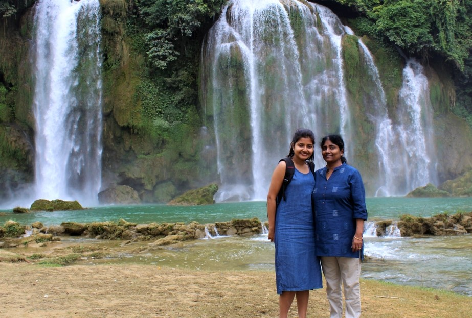 """""""Why I Made My Mom Go On Her First Solo Trip"""" – A Millennial Daughter"""