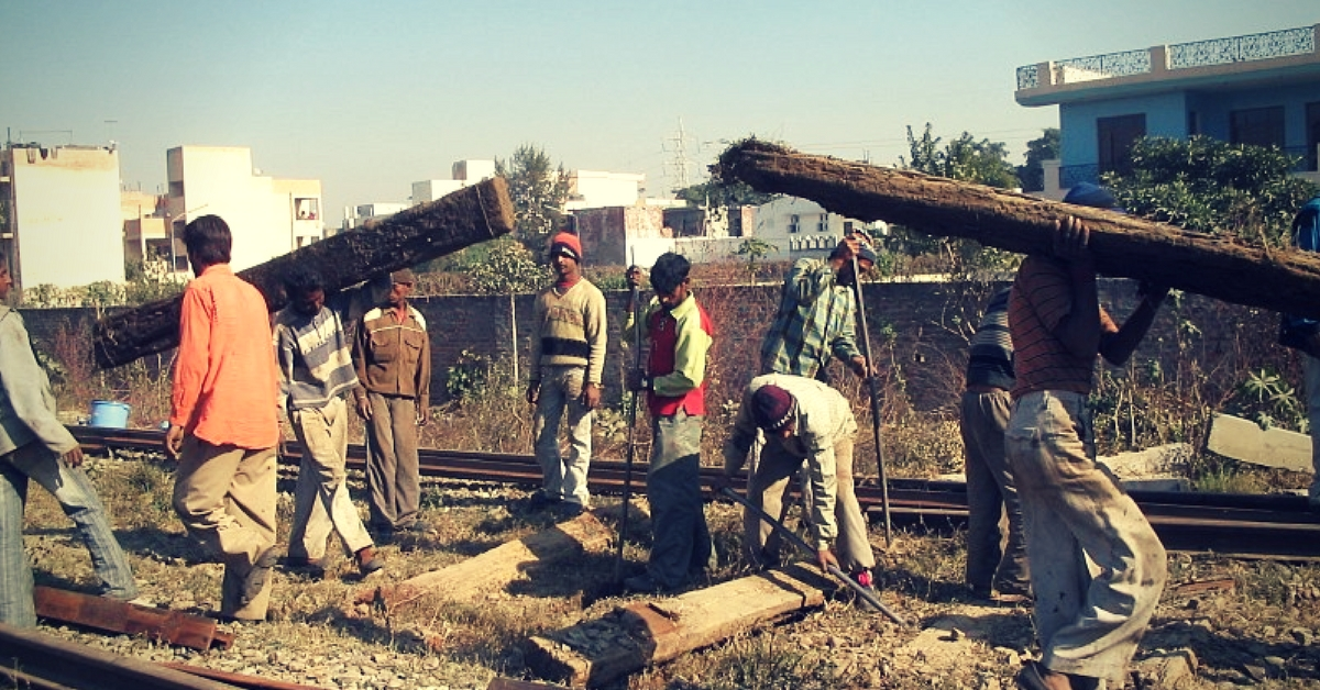 The Railways is going to train 30,000 apprentices in various disciplines.Representative image only. Image Courtesy: Wikimedia Commons.
