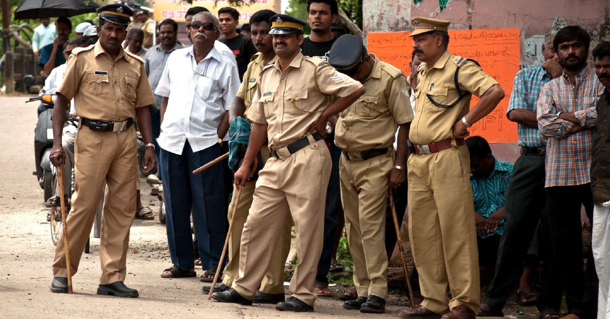 This Grateful Farmer Gave a 'Scrumptious' Payback To Kerala Cops. Here's Why!