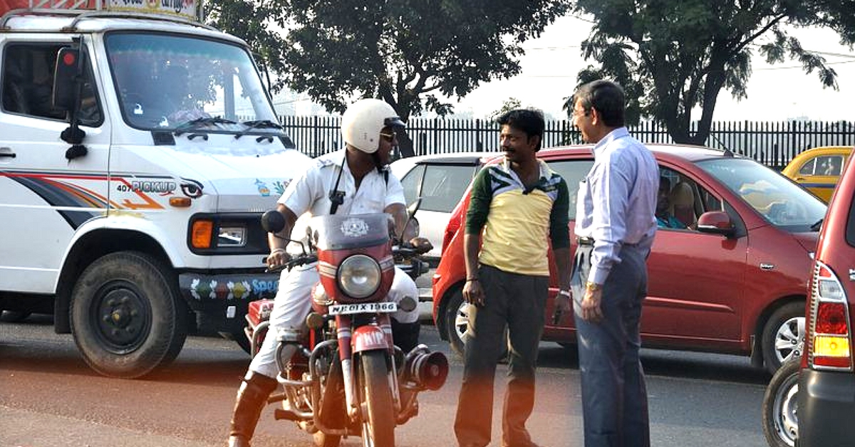 Jumping a Red Signal in Kolkata? You Can Now Be 'Shot-At-Sight' by Traffic Cops!