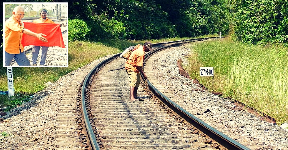 Trackmen & Their Red 'Gamchas' Save Shiv Ganga Express From Major Disaster!