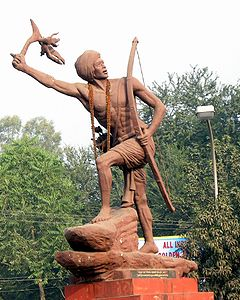 Birsa Munda statue. (Source: Wikimedia Commons)