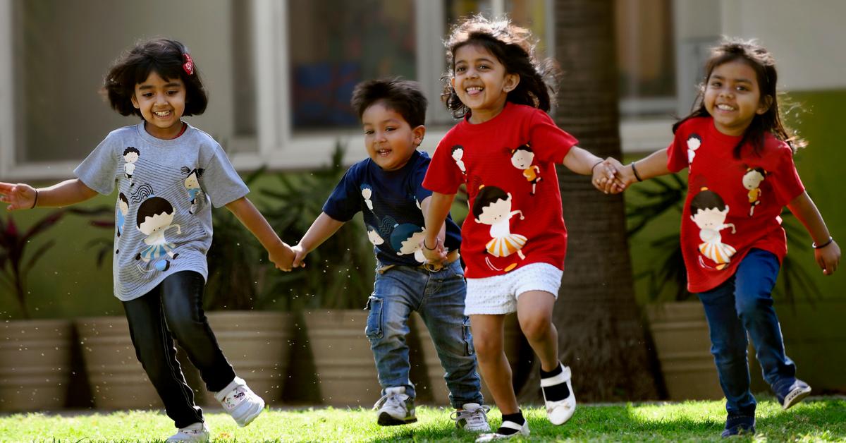 Girls Can Wear Blue & Boys Pink: Delhi Moms Urge Gender Neutrality in Raising Kids!