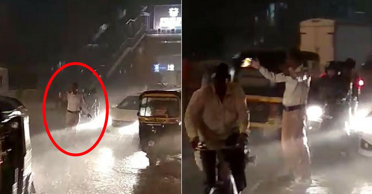 Undaunted by Heavy Rains, Mumbai Cop Controls Traffic Without Raincoat, Umbrella