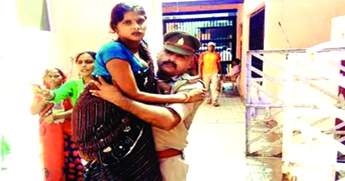 Hero Mathura Cop Carries Pregnant Woman to Hospital After Ambulance Fails to Arrive!