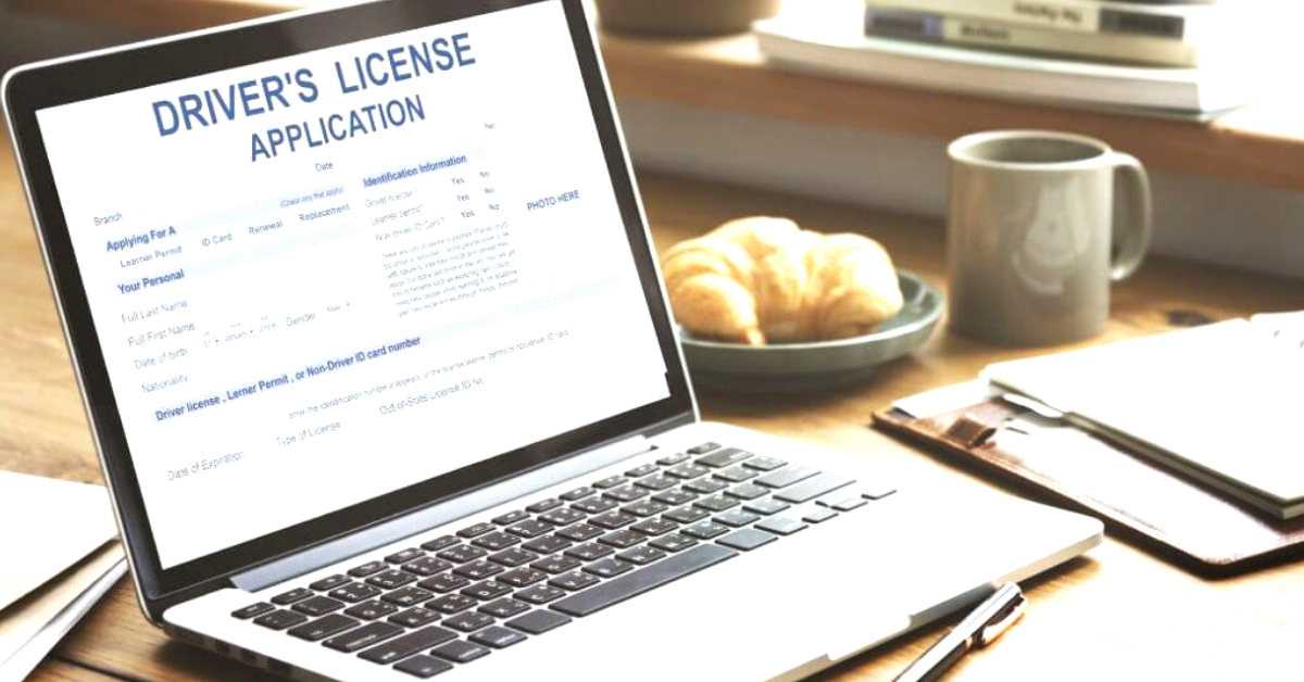 Uniform Smart Driving Licenses Across India in 2019: 5 Features That Change For You!
