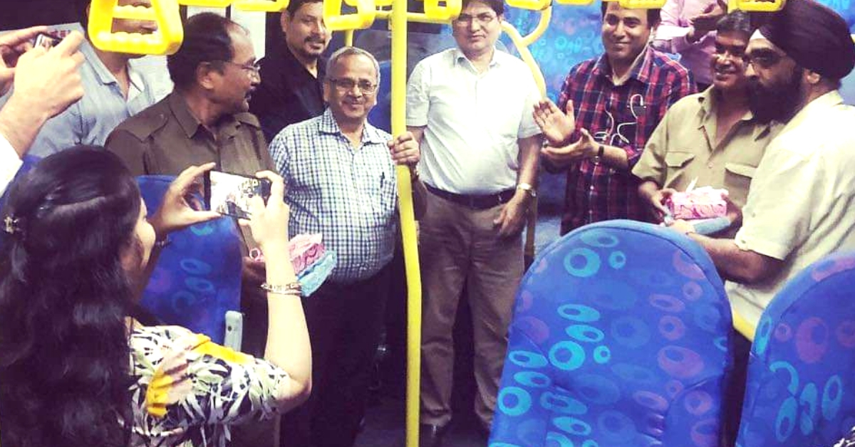 You Will Love What These Mumbai Commuters Did For Their Bus Conductor!