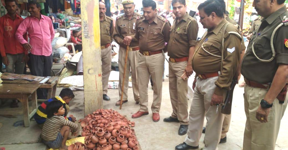UP Cops, Street Kids Selling Diyas & a Story That Embodies The True Spirit of Diwali!