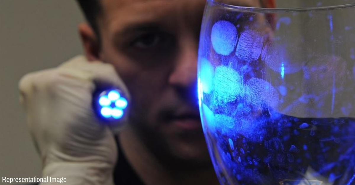 Criminals Beware! Indian Scientists Invent New Nanomaterial To Detect Fingerprints!