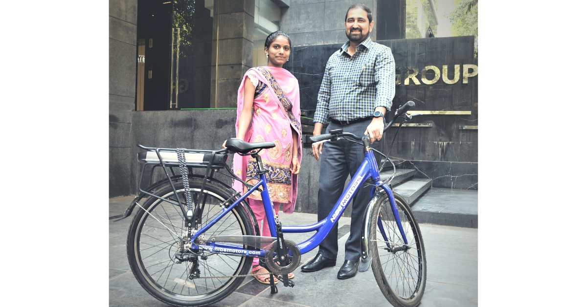 Girl Walks 14 Km to School Every Day, Moved Pune Bizman Gifts Her an Electric Cycle!