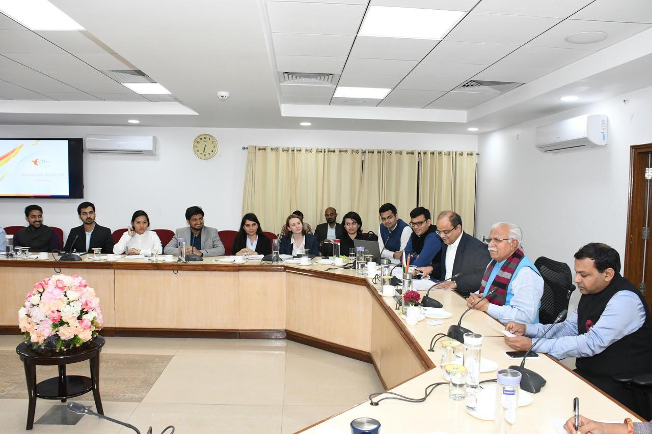 The Chief Minister reviewing the progress of Saksham Haryana.