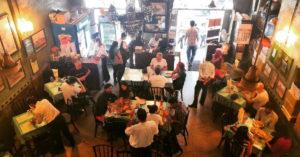 mumbai-britannia-company-food-history-irani-cafe