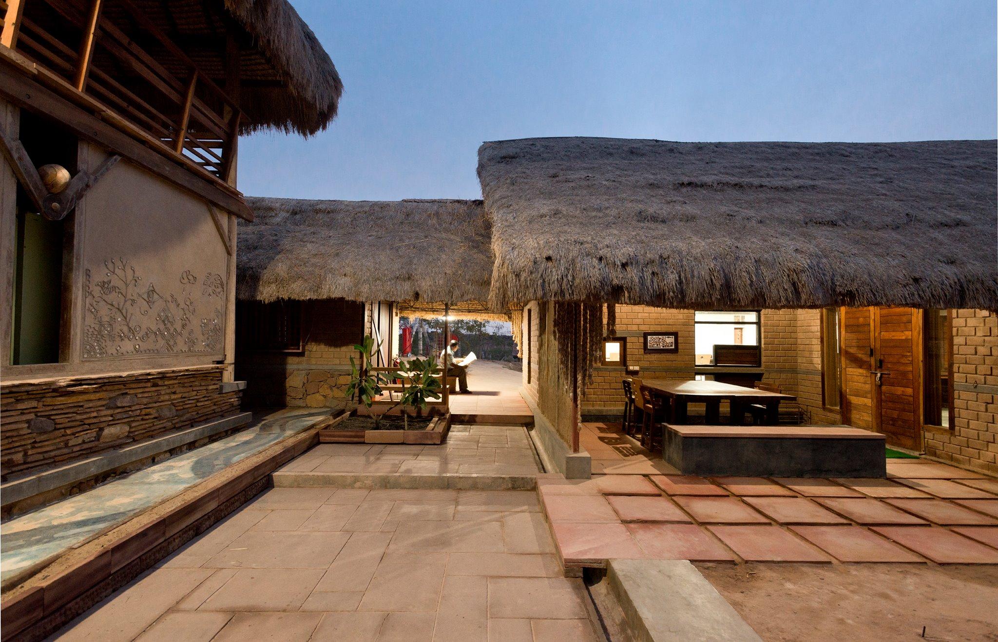Sustainable homes. (Source: Hunnarshala Foundation)