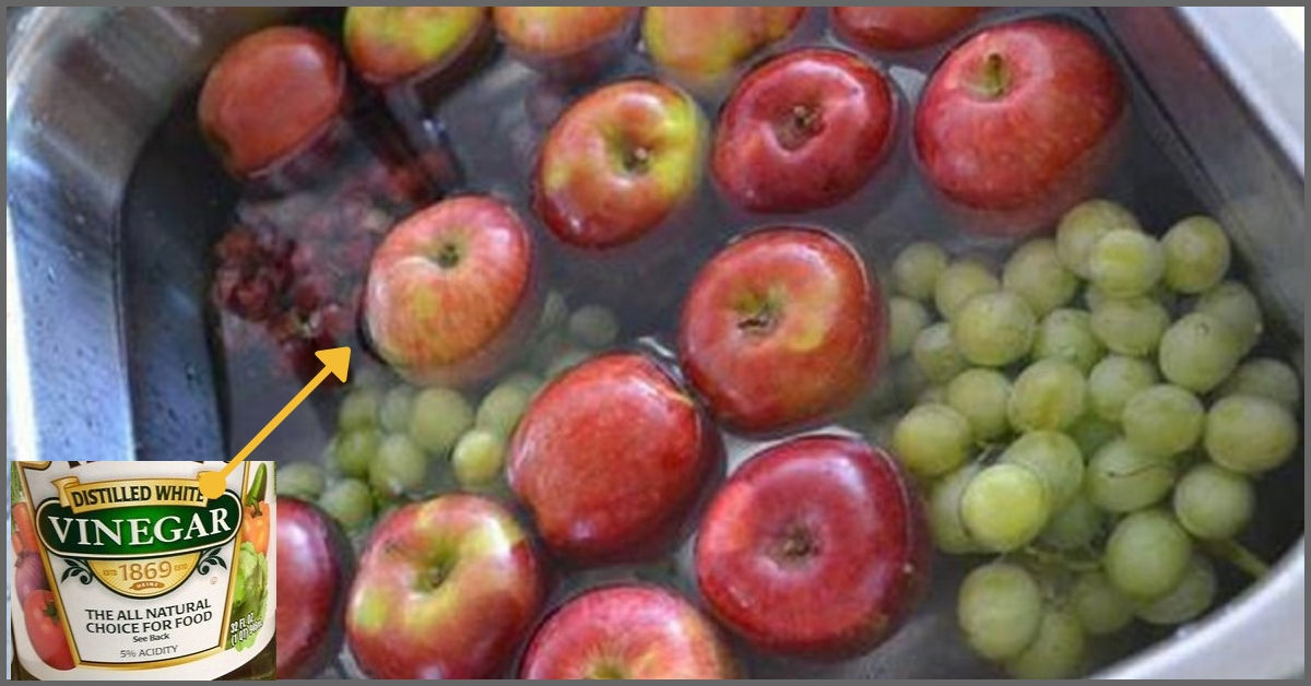 Eat Safe: 5 Simple DIY Ways to Remove Toxins & Pesticides From Fruits