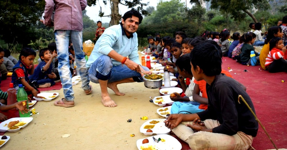 Ragpickers to Beggars, This Railway Engineer's Roadside Schools Have Helped Thousands of Street Kids!