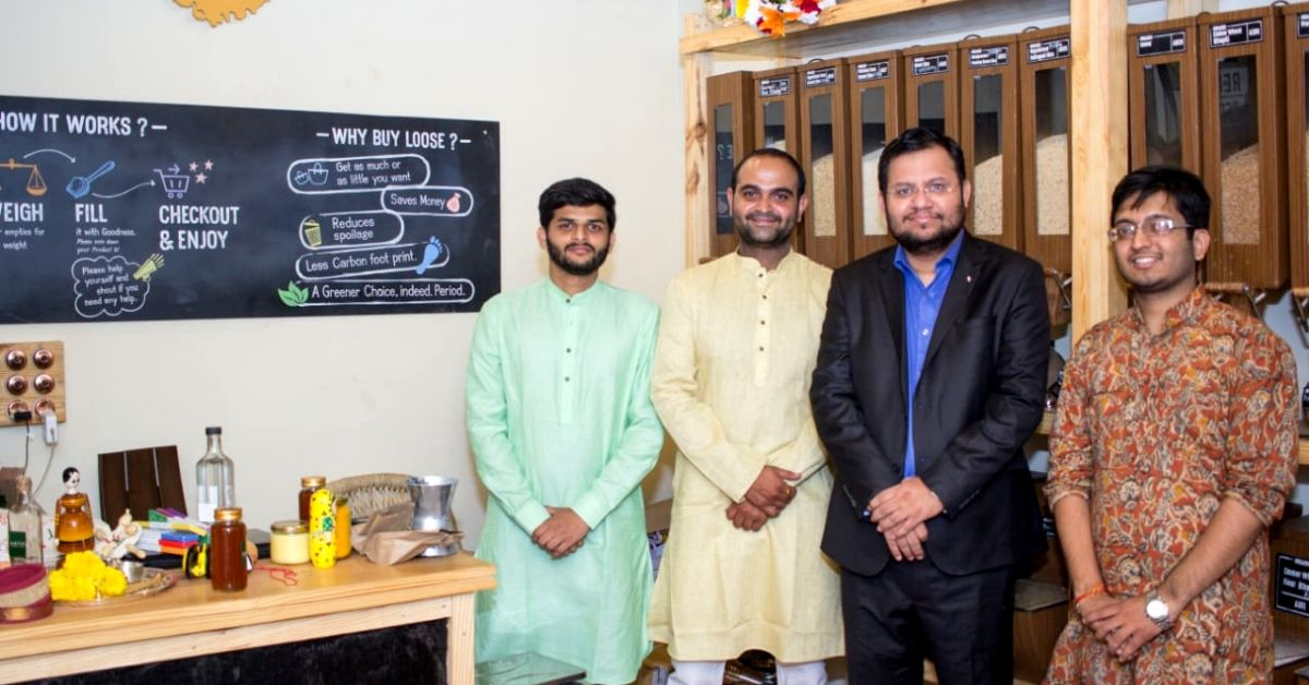 Friends Leave Cushy Jobs to Open Maharashtra's First Zero Waste Store, Now Empower 8000 Farmers!