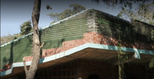 Arquiteto transforma resíduos em beleza em seus edifícios de tirar o fôlego 5