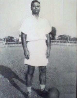 Uma lenda sem sapatos, este homem já foi o jogador de futebol favorito da Índia 3