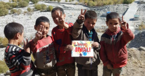 How Teenage Volunteers Across India Are Helping a Remote Ladakh Village Study