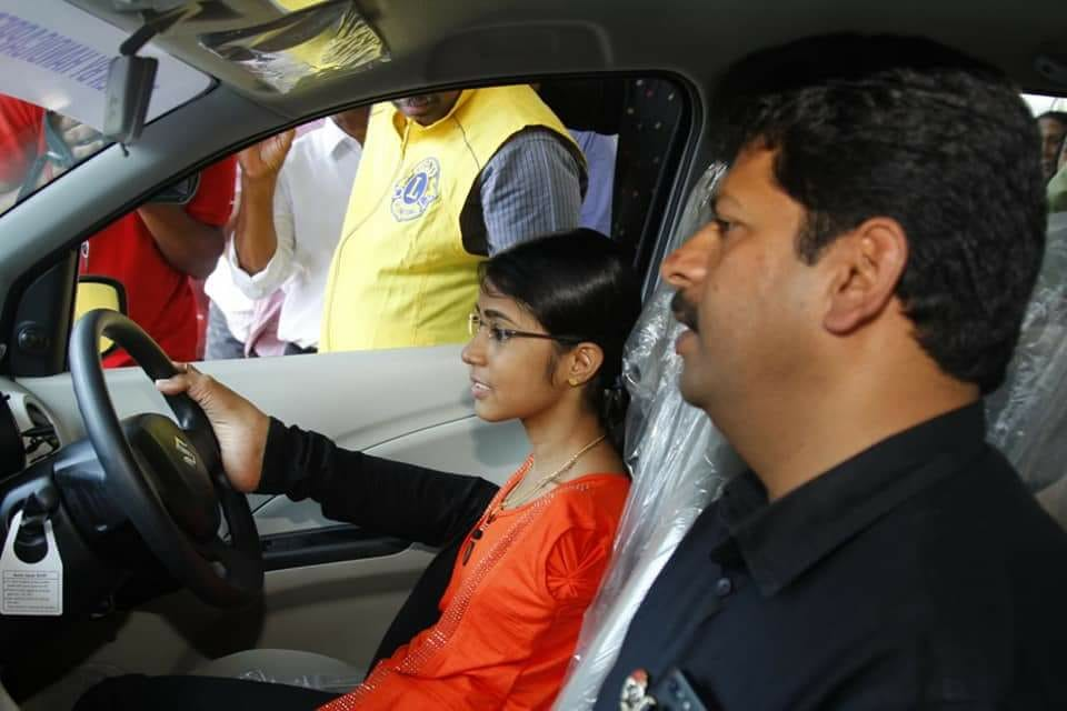 Born Without Hands, Jilumol Fights Roadblocks To Earn Learner's Permit