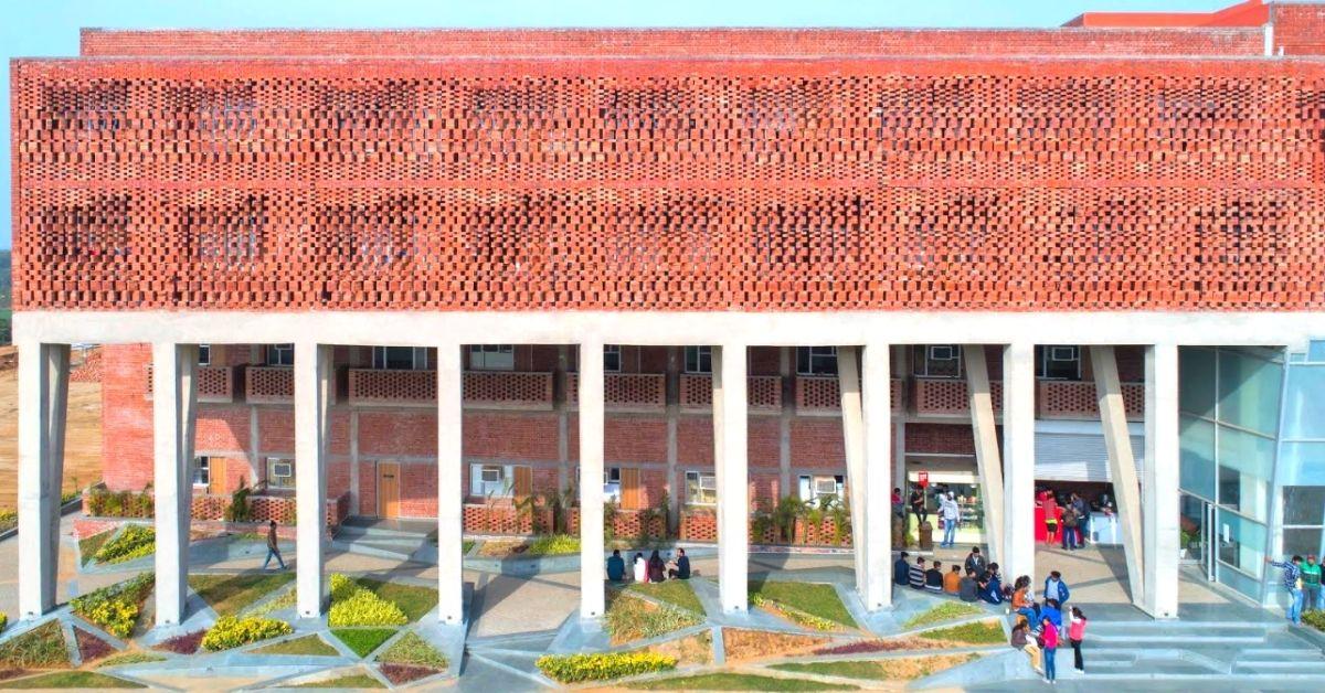 Delhi Architect Uses Jaali & Physics To Build Hostel, Cuts Heat Radiation By 70%